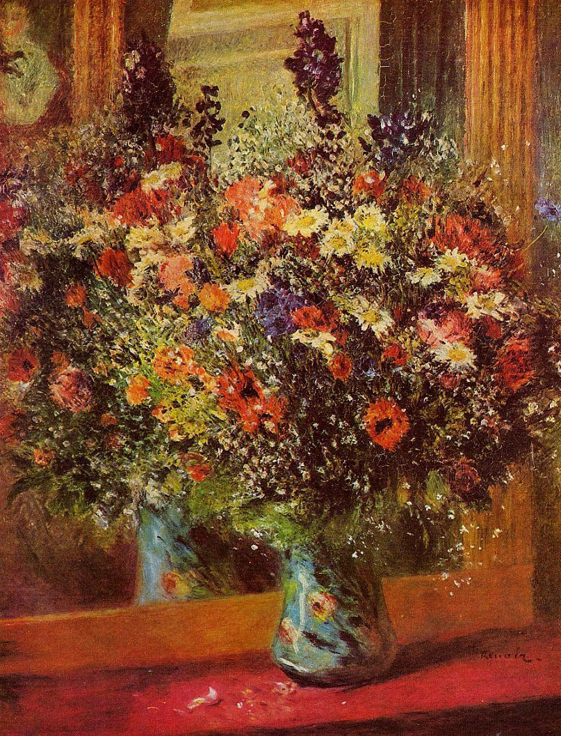 Bouquet in front of a mirror